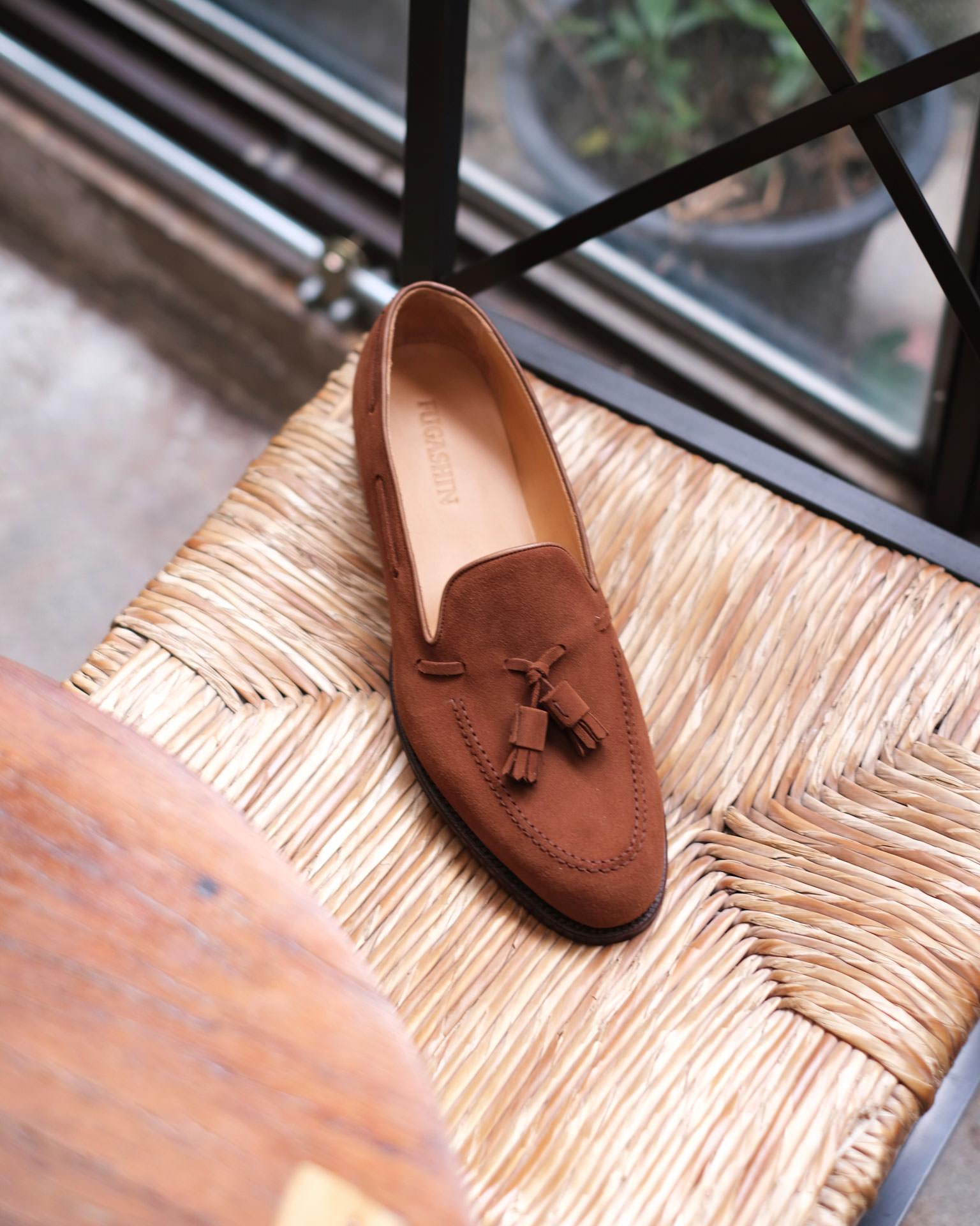 รองเท้า Tassel Loafers หนังกลับ