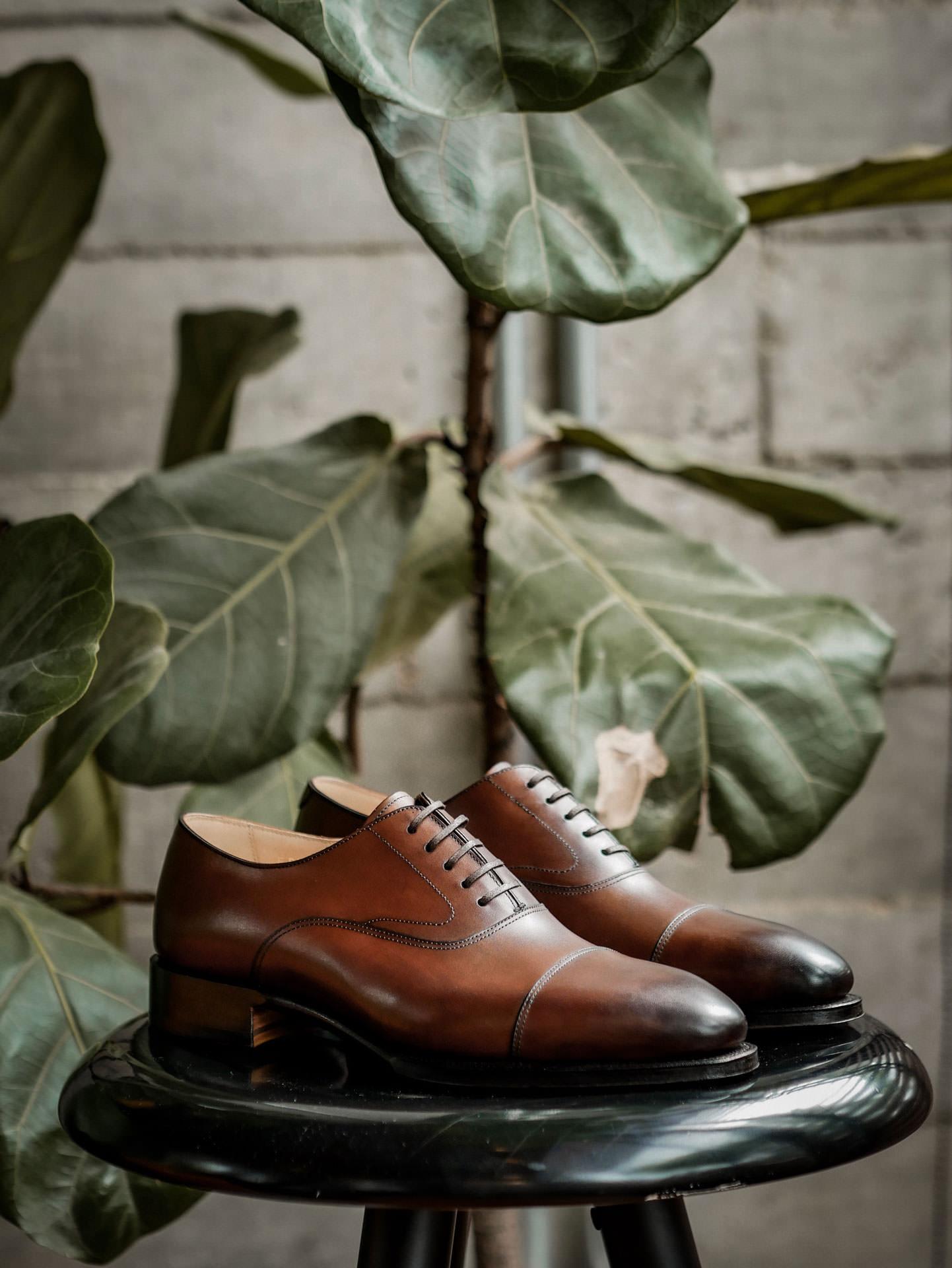 รองเท้าหนัง oxford สีน้ำตาล จาก Fugashin