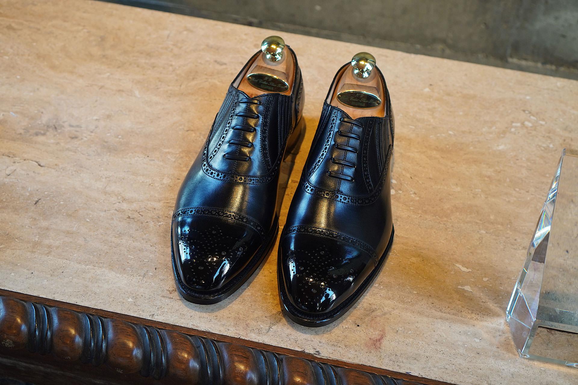 รองเท้า Lazyman สีดำจาก Fugashin