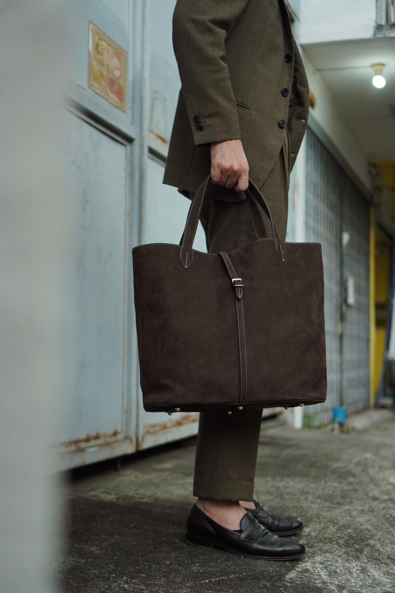 กระเป๋า Tote จาก Kaus