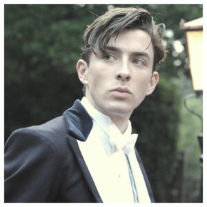 Hairstyle with suit